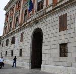 https://www.tp24.it/immagini_articoli/14-08-2018/1534269556-0-ferragosto-sicuro-egadi-sindaco-pagoto-partecipa-riuninone-prefettura.jpg