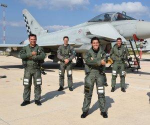 https://www.tp24.it/immagini_articoli/14-09-2021/1631608794-0-37-deg-stormo-di-birgi-il-nbsp-maggiore-ilaria-ragona-nuovo-comandante-del-18-deg-gruppo-caccia.jpg