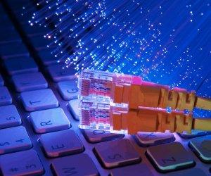 https://www.tp24.it/immagini_articoli/14-10-2020/1602686685-0-dal-lockdown-la-fibra-ottica-e-arrivata-in-138-comuni-siciliani.png