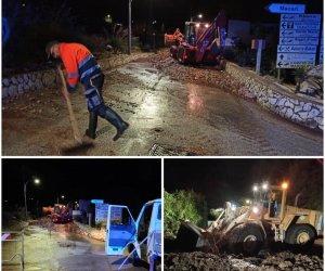 https://www.tp24.it/immagini_articoli/14-10-2021/1634171336-0-maltempo-in-sicilia-allerta-arancione-bomba-d-acqua-a-macari-strade-invase-da-fango-e-detriti.jpg
