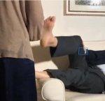 https://www.tp24.it/immagini_articoli/14-12-2018/1544811097-0-sgarbi-diretta-assistente-fammi-massaggio-adora-piede.jpg