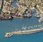 https://www.tp24.it/immagini_articoli/15-01-2018/1516047999-0-mazara-pescatore-cade-dalle-rocce-vicino-porto-annega.jpg