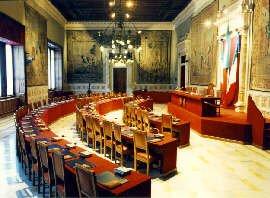 https://www.tp24.it/immagini_articoli/15-02-2020/1581724879-0-prefetto-trapani-tommaso-ricciardi-ascoltato-commissione-parlamentare-antimafia.jpg
