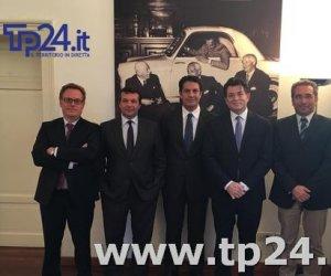 https://www.tp24.it/immagini_articoli/15-03-2017/1489558743-0-sicindustria-catanzaro-e-il-nuovo-presidente-in-sicilia-gregori-bongiorno-e-suo-vice.jpg