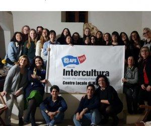 https://www.tp24.it/immagini_articoli/15-04-2018/1523786287-0-marsala-studenti-stranieri-citta-grazie-allassoziazione-intercultura.jpg