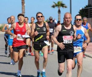 https://www.tp24.it/immagini_articoli/15-04-2019/1555321754-0-marsala-savvicina-desiderata-maratonina-vino-inserita-tappa-gran-prix.jpg