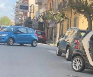 https://www.tp24.it/immagini_articoli/15-04-2019/1555346439-0-marsala-incidente-mazzini-scontro-auto-allincrocio-mario-nuccio.jpg
