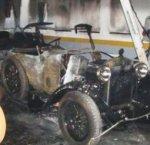 https://www.tp24.it/immagini_articoli/15-05-2018/1526359867-0-cinque-auto-depoca-distrutte-incendio-alcamo.jpg