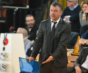 https://www.tp24.it/immagini_articoli/15-06-2018/1529045214-0-volley-staff-tecnico-sigel-marsala-barbieri-allenatore-aiuto-vice.jpg