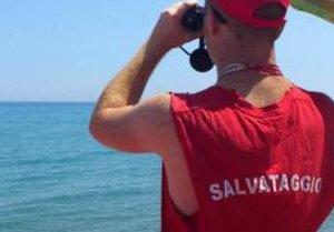https://www.tp24.it/immagini_articoli/15-07-2018/1531668539-0-toscana-lega-allattacco-bagnini-sono-siciliani-vanno-bene.jpg
