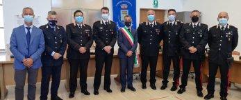 https://www.tp24.it/immagini_articoli/15-07-2021/1626381755-0-petrosino-consegnati-gli-encomi-a-4-carabinieri-nbsp.jpg