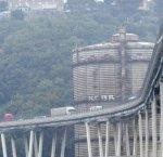 https://www.tp24.it/immagini_articoli/15-08-2018/1534284876-0-disastro-genova-ennesima-tragedia-annunciata-infrastrutture-rimangono-vecchie.jpg