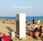 https://www.tp24.it/immagini_articoli/15-08-2018/1534353344-0-ferragosto-triscina-super-fresco-frigorifero-spiaggia.jpg
