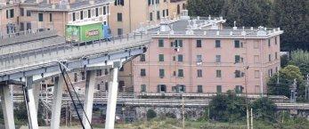 https://www.tp24.it/immagini_articoli/15-08-2021/1629041619-0-il-ponte-morandi-e-la-favoletta-sulla-previsione-del-suo-schianto.jpg