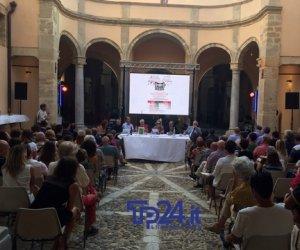 https://www.tp24.it/immagini_articoli/15-09-2019/1568530352-0-conclude-stasera-siciliamo-wine-more.jpg