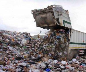 https://www.tp24.it/immagini_articoli/15-09-2021/1631717448-0-emergenza-rifiuti-in-sicilia-i-sindacati-chiedono-soluzioni-baglieri-ai-comuni-fare-piu-differenziata.jpg