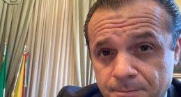 https://www.tp24.it/immagini_articoli/15-09-2021/1631739181-0-sicilia-verso-le-elezioni-scende-in-campo-de-luca-nbsp.jpg