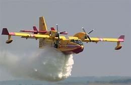 https://www.tp24.it/immagini_articoli/15-10-2019/1571163334-0-paura-vito-incendio-minaccia-castelluzzo-zingaro-fiamme-domate.jpg
