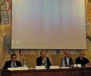 https://www.tp24.it/immagini_articoli/15-11-2014/1416062535-0-le-novita-legislative-in-campo-vitivinicolo-al-meeting-di-assoenologi-sicilia-a-marsala.jpg