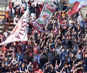 https://www.tp24.it/immagini_articoli/15-11-2019/1573831128-0-assolti-quattro-tifosi-trapani-accusati-invasione-campo.jpg
