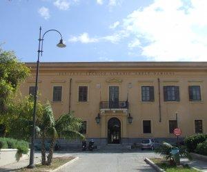 https://www.tp24.it/immagini_articoli/16-01-2019/1547670179-0-freddo-scuole-marsalesi-paradosso-dellalberghiero-caldaie-spente.jpg
