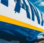 https://www.tp24.it/immagini_articoli/16-02-2019/1550327529-0-rissa-ubriachi-atterraggio-demergenza-volo-ryanair.jpg