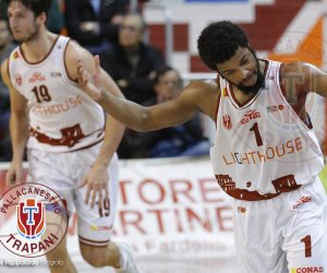 https://www.tp24.it/immagini_articoli/16-04-2018/1523861331-0-basket-lighthouse-trapani-vince-latina.jpg