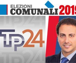 https://www.tp24.it/immagini_articoli/16-04-2019/1555399866-0-castelvetrano-candidato-sindaco-davide-brillo-risponde-domande-tp24.jpg