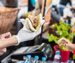 https://www.tp24.it/immagini_articoli/16-06-2019/1560685732-0-foodmania-sicilia-limpresa-cibo-cresce.jpg