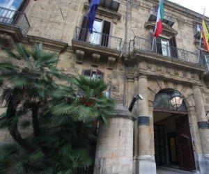 https://www.tp24.it/immagini_articoli/16-09-2019/1568634477-0-regione-restaura-casa-dali-trapani.jpg