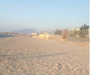 https://www.tp24.it/immagini_articoli/16-09-2019/1568635295-0-ancora-tempo-mare-hanno-tolto-cassonetti-spiaggia-teodoro.jpg