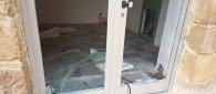 https://www.tp24.it/immagini_articoli/16-09-2021/1631823638-0-castelvetrano-porta-distrutta-per-un-locale-in-centro-era-l-unico-assegnato-dal-comune.jpg