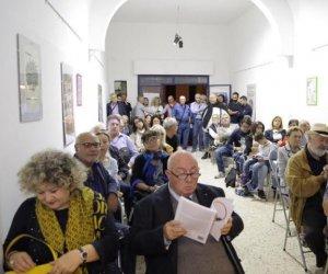 https://www.tp24.it/immagini_articoli/16-10-2018/1539683995-0-erice-inaugurato-centro-studi-scammacca.jpg