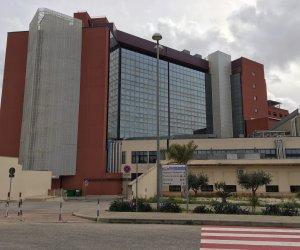 https://www.tp24.it/immagini_articoli/16-10-2020/1602870664-0-marsala-covid-hospital-diventera-bellissima-a-di-girolamo-si-e-svegliato-dopo-la-sconfitta.jpg