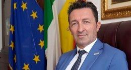 https://www.tp24.it/immagini_articoli/16-10-2021/1634399495-0-nbsp-la-deriva-no-pass-del-deputato-mazarese-sergio-tancredi.jpg
