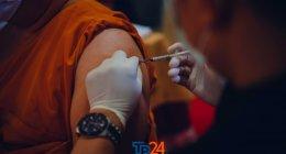 https://www.tp24.it/immagini_articoli/16-10-2021/1634408915-0-nbsp-effetto-green-pass-piu-vaccini-in-sicilia-altre-proteste-la-situazione-contagi.jpg
