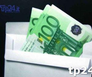 https://www.tp24.it/immagini_articoli/16-11-2017/1510840491-0-mafia-grigoli-quelle-buste-soldi-consegnate-becchina-messina-denaro.jpg