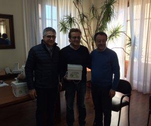 https://www.tp24.it/immagini_articoli/16-12-2015/1450225690-0-a-castelvetrano-il-dolce-di-natale-con-lolio-extravergine-novello-di-cultivar-nocellara.jpg