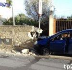 https://www.tp24.it/immagini_articoli/17-01-2018/1516216312-0-marsala-tagliano-strada-automobilista-finisce-muretto-trapani.jpg