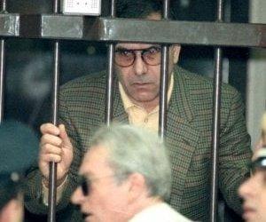 https://www.tp24.it/immagini_articoli/17-01-2020/1579240042-0-mafia-leoluca-bagarella-morso-poliziotto.jpg