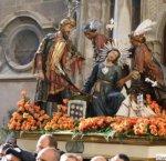 https://www.tp24.it/immagini_articoli/17-02-2019/1550439866-0-trapani-presentato-litinerario-misteri-calendario-scinnute.jpg