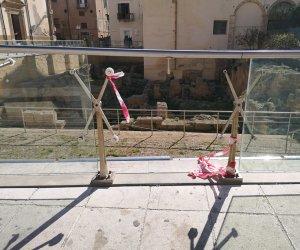https://www.tp24.it/immagini_articoli/17-02-2020/1581931638-0-marsala-nastro-spezzato-piazza-girolamo-pericolo-bambini.jpg