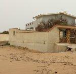 https://www.tp24.it/immagini_articoli/17-04-2018/1523959695-0-castelvetrano-case-abusive-quelli-triscina-difendono-mare.jpg