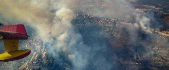 https://www.tp24.it/immagini_articoli/17-07-2017/1500313656-0-incendi-trapani-enna-lelicottero-lotta-fiamme-linferno.jpg