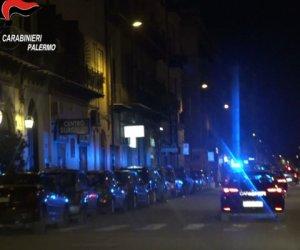 https://www.tp24.it/immagini_articoli/17-09-2019/1568697862-0-sicilia-mani-mafia-locali-notturni-boss-imponevano-buttafuori.png