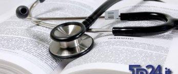 https://www.tp24.it/immagini_articoli/17-10-2018/1539759968-0-pasticcio-sullabolizione-numero-chiuso-medicina.jpg
