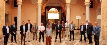 https://www.tp24.it/immagini_articoli/17-10-2021/1634459538-0-grillo-la-foglia-di-fico-e-i-fantasmi-della-governance-a-marsala.jpg