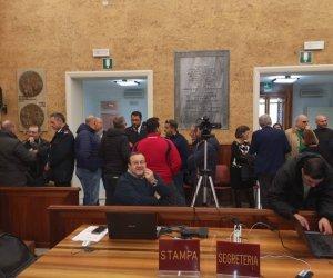 https://www.tp24.it/immagini_articoli/17-12-2018/1545041687-0-marsala-iniziato-consiglio-comunale-aperto-porto-giunta-diserta.jpg