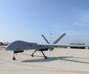 https://www.tp24.it/immagini_articoli/18-01-2020/1579368803-0-aeroporto-birgi-ecco-primo-volo-drone-falco-xplorer-leonardo.jpg