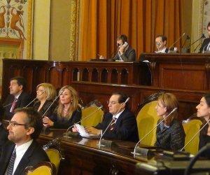 https://www.tp24.it/immagini_articoli/18-02-2014/1392706409-0-riforma-delle-province-oggi-riprende-la-discussione-all-ars.jpg